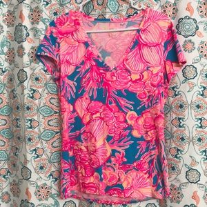 Lilly tee!!